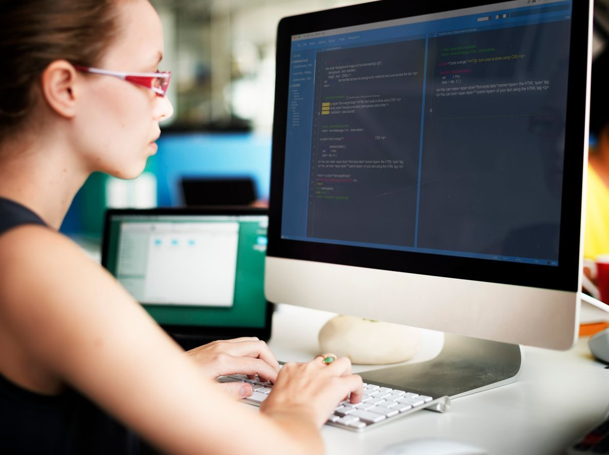 typing on computer ebs functional consultant